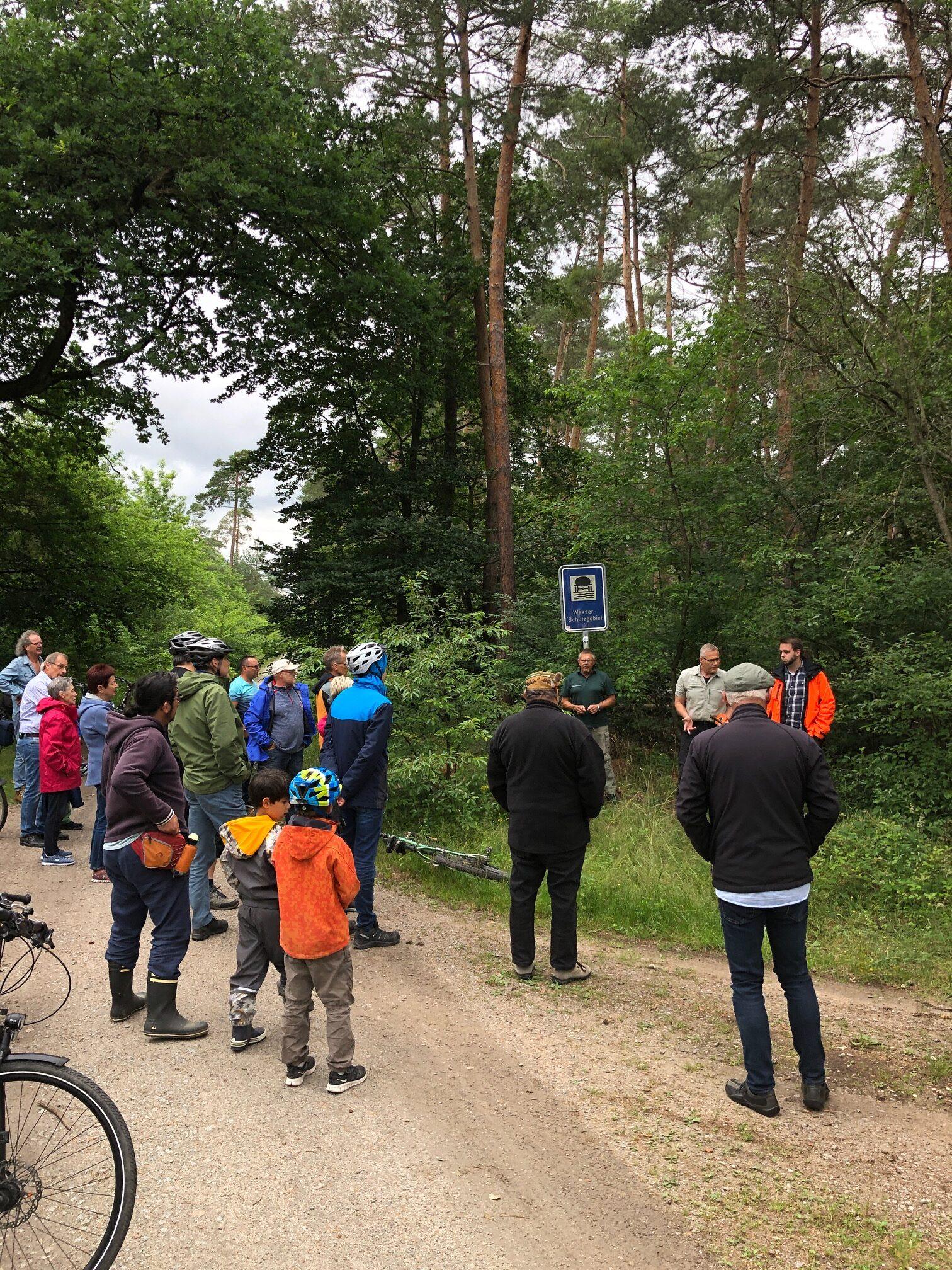 Waldbegehung mit dem Fahrrad
